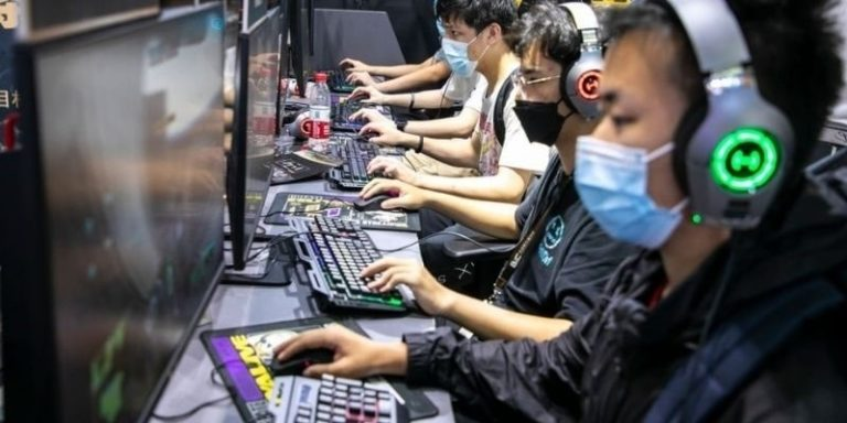 GettyImages-1337408900 China video games